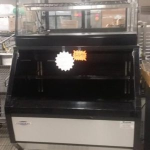 BAKERY DISPLAY CASE - USED